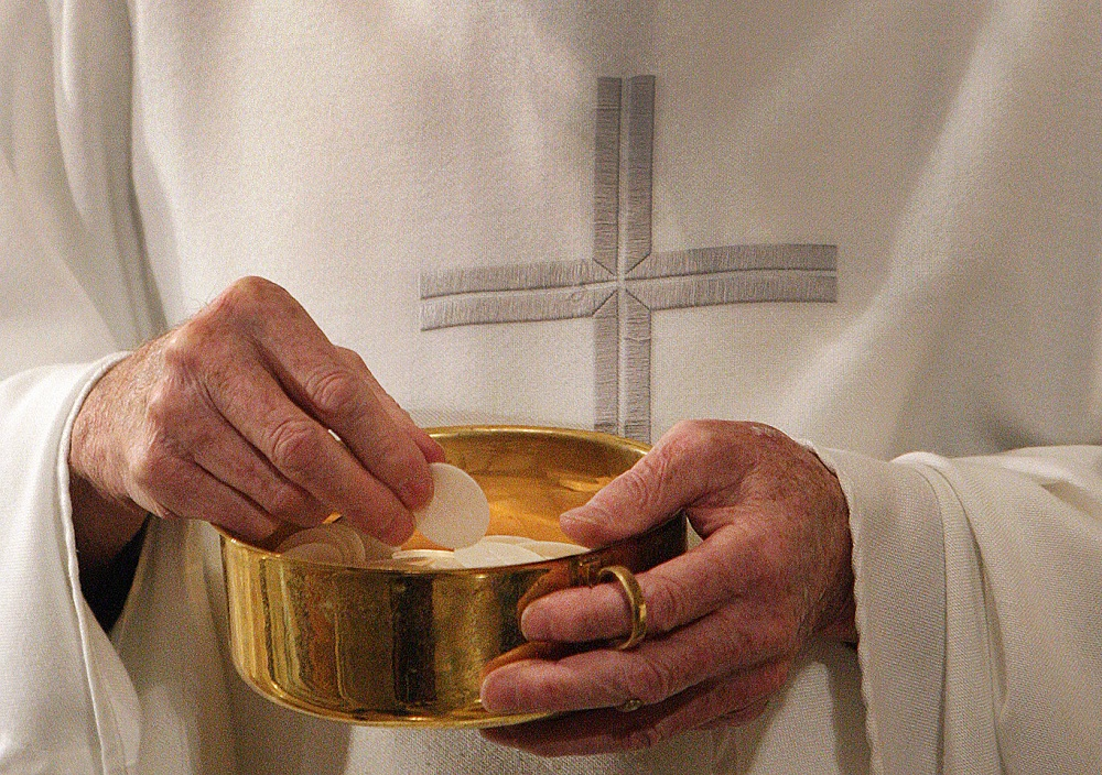 Is It Possible for Catholics to Receive Communion at a Non-Catholic Church?
