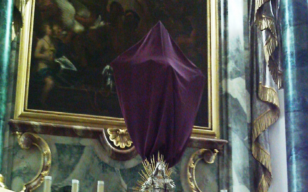 Purple Cloth Coverings