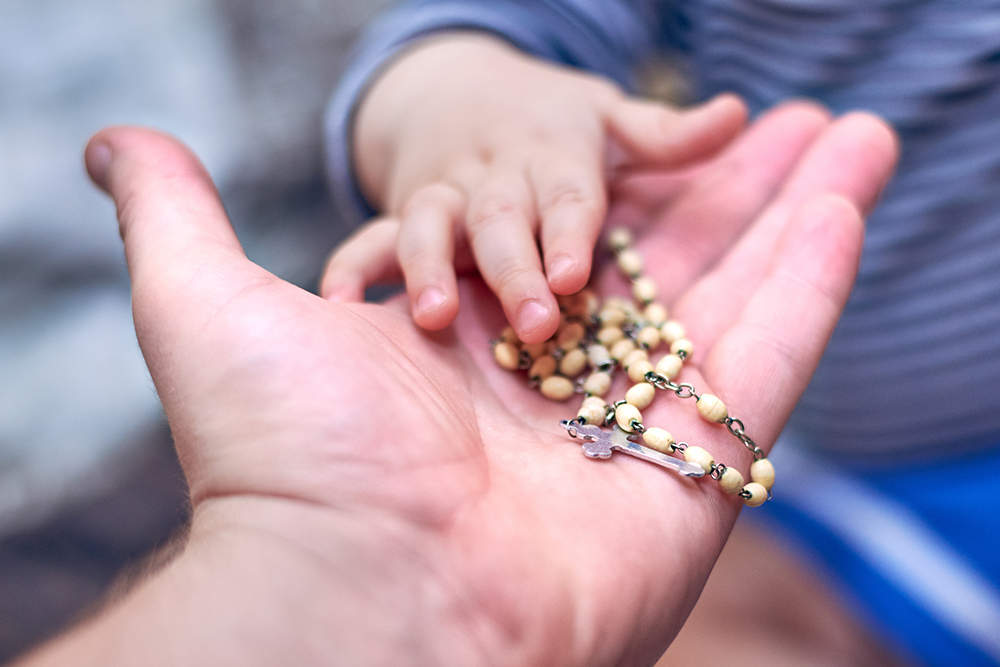 Want to pray the Rosary with your family? Try starting with a decade a day